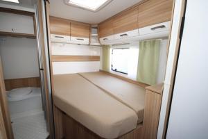 Dethleffs 5901 Bed